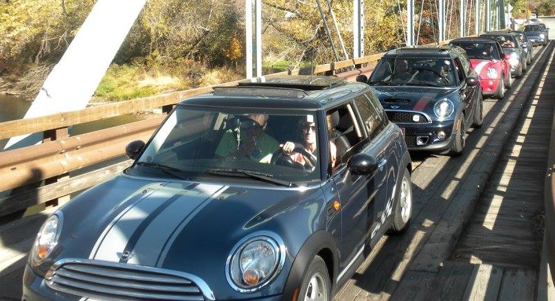 MINIs crossing the bridge